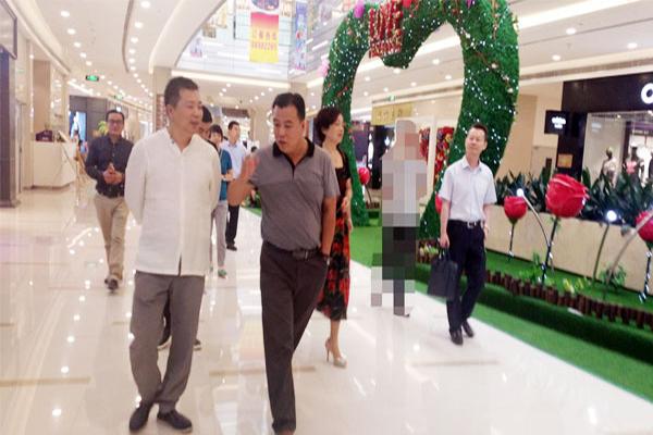 我司领导陪同上海迈科集团董事局主席何金碧先生考察项目